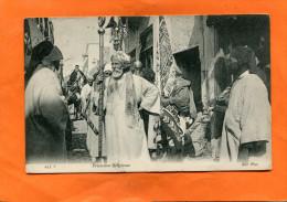TUNISIE / TUNIS   1910   TYPE /  ETHNIQUE  PROCESSION RELIGIEUSE    CIRC  OUI EDITEUR - Tunesië