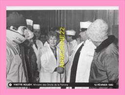 CPM     MINISTRE 1982  YVETTE ROUDY - Persönlichkeiten