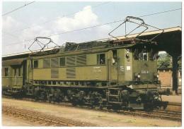 TRAIN Allemagne - EISENBAHN Deutschland - FREIBURG IM BREISGAU (gare) - Elektro-Lokomotive E 244 01 - Gares - Avec Trains