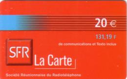 REUNION RECHARGE SFR 20€ BLEUE BLUE VALID 12.03 UT - Reunion