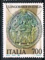 1990 - ITALIA - I LONGOBARDI - VARIETA´ COLORE MARRONE CHIARO SUL FONDO - USATO / USED. - 6. 1946-.. Repubblica