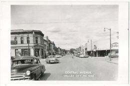 VALLEY CITY North Dakota RPPC Old Cars Central Avenue C.1935  Buick I Guess... - Autres