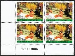 POLYNESIE 1986 - Yv. 265 ** SUP Bloc De 4 Coin Daté  Cote= 5,50 EUR - Folklore : Jupe De Danse ..Réf.POL21784 - Nuevos