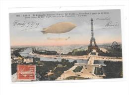 7216 - 75 - PARIS : Le Dirigeable Militaire VILLE De PARIS Descendant Le Cours De La Seine, Passe Devant TOUR EIFFEL - France