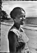 Jeune Fille De NOSSI BE - Madagascar