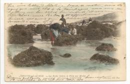 """14 - TROUVILLE-sur-MER - Les Roches Noires, La Pêche Aux Moules - Coll. ND Phot N° 27 - Cpa """"précurseur"""" Nuage Colorisée - Trouville"""