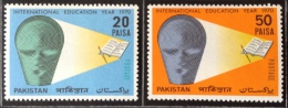 Pakistan MH* 1970 Sc 288/289 - Pakistan