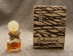 Cabochard   Grès - Noeux En Tissu - Miniatures Modernes (à Partir De 1961)
