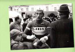 Freddy MAERTENS - Equipe FLANDRIA - Lire Descriptif - 2 Scans - Ciclismo