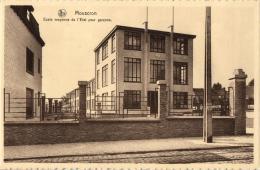 BELGIQUE - HAINAUT - MOUSCRON - MOESKROEN -  Ecole Moyenne De L'Etat Pour Garçons. - Moeskroen