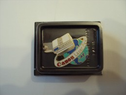 Pin's CANON Neuf Sous Blister Net 3 - Informatique