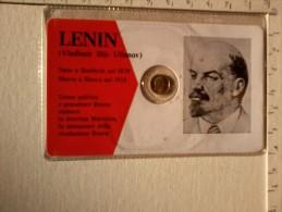 LENIN - Cartoncino Con Medaglietta . - Gettoni E Medaglie