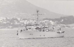Batiment Militaire Marine Francaise M 616 Dragueur Dompaire - Bateaux