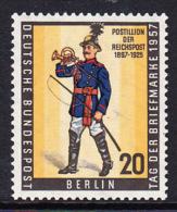 !a! BERLIN 1957 Mi. 176 MNH SINGLE -Philatelic Day - [5] Berlin