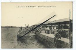 CPA  - Lot De 6 Cartes - Souvenir De Djibouti - Les Quais Des Douanes- Moulins à Vent Des Salines-Le Marché Des Bois - 5 - 99 Postkaarten