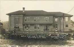 229223-Depot, Iowa, Estherville, RPPC, Chicago Rock Island & Pacific Railroad Station, L.C. Doolittle Photo 1910 - Stazioni Senza Treni