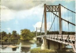 Les Rosiers Sur Loire Le Pont Sur La Loire Très Bon Etat - France