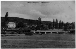 Serquigny  Eure Chateau Dos Non Divisé 1902 état Superbe - Serquigny