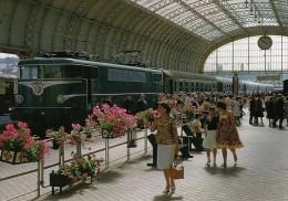 ART 088 - Train  La Flèche Basque - Loco BB 9250 En Gare De BIARRITZ-VILLE - Pyrénées Atlantiques  64 - SNCF - Biarritz