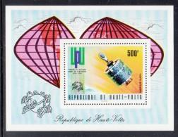 Upper Volta/Burkina Faso MNH Scott #C192 Souvenir Sheet 500fr Telstar Satellite - UPU Centenary - Haute-Volta (1958-1984)