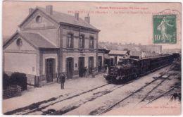 La Basse Normandie Pittoresque -1601- BARFLEUR -la Gare Et Départ Du Train Pour Valognes Cllché A V -coll. L.G.B. - Barfleur