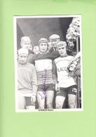 Robert VERMEIRE - Autographe Manuscrit - Champion De Belgique 1975 De Cycloe Cross Amateur - N. DEDECHERI - 2 Scans - Cycling