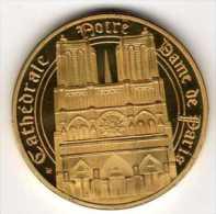Médaille Dorée Et Tri-Colorée (revers) : Paris France : Cathédrale Notre Dame - Tourist