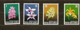 Papouasie Et Nouvelle-Guinée Papua 1974 Yvertn° 274-77 *** MNH Cote 9 Euro Flore - Papouasie-Nouvelle-Guinée