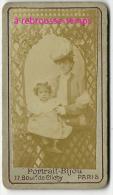 Format Mignonnette CDV 4,5 X 7,8cm-femme Et Petite Fille Endimanchées-photo Portrait BIJOU 77 Bd De Clichy à Paris - Photos