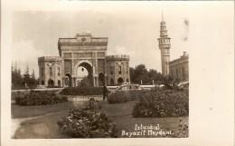 ISTANBUL- BEYAZIT MEYDANI-UNIVERSITESI-ISTAMBOUL - Turkey