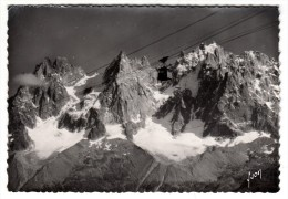 74 - Chamonix - Téléphérique Du Brévent - Les Grands Charmoz - Le Crépon - Blaitière Et L'Aiguille - Editeur: Yvon N°799 - Chamonix-Mont-Blanc