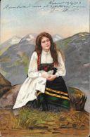 [DC5114] CARTOLINA - COSTUMI - DONNA IN ABITO TIPICO - Viaggiata 1903 - Old Postcard - Femmes