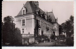 REF 201 CPSM 24 JAVERLHAC Chateau Du Logis Façade Principale - France