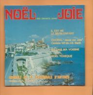 """45 T  4 Titres Chants De Noël Par """" La Chorale De La Cathedrale D' Antibes"""", - Christmas Carols"""