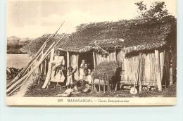 MADAGASCAR - Cases Betsimisaraka. - Madagascar