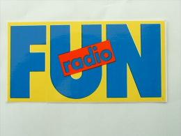 AUTOCOLLANT RADIO FUN RADIO - Adesivi