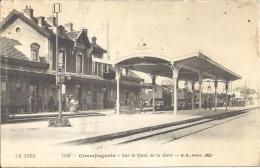 39 - CHAMPAGNOLE - Jura - Sur Le Quai De La Gare - Champagnole