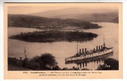 29 - Landévennec - L'Ile Térénez, Au Loin , La Magnifique Chaîne Du Ménez Hom - Editeur: Jos N°2391 - Landévennec