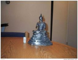 Bel Argenté De La Reine Bouddha Plaqué De Thaïlande. Statue Lourde, Plus De 5 Kilos * BUDDHA * BOEDA * BOEDHA * BHUDA - Art Asiatique