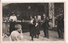 PARIS EN FLANANT LES CHANTEURS DE RUE  10      1924 - Petits Métiers à Paris
