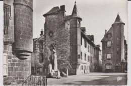 R : Cantal :  SALERS  :  Maison   De    Flaujeac - France