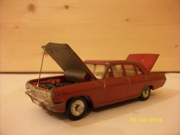 Vends Opel Admiral. 1965. Capot / Coffre Ouvrants.1 / 43e. Dinky Toys. - Other Collections