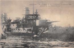 """NAVIRE DE GUERRE -   Explosion De La """" LIBERTE """" -Sept 1911 -  Breche De La """" Republique """" - Warships"""