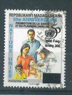 VEND TIMBRE DE MADAGASCAR N° 2519, COTE : 100 €  !!!! (h) - Madagascar (1960-...)