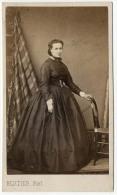 CDV Portrait De Melle Fanny Amélie Le Luc Par Bertier Photographe, Paris. . Tirage D´époque Albumine C 1865 - Photos
