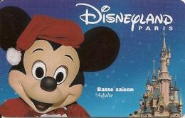 PASS--DISNEYLAND-MICKEY-A DULTE-BASSE SAISON-V° ISRA--98112MBS- TB E - Pasaportes Disney