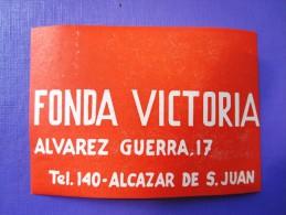 HOTEL PENSION HOSTAL VICTORIA ALCAZAR CIUDAD REAL SPAIN LUGGAGE LABEL ETIQUETTE AUFKLEBER DECAL STICKER Madrid - Hotel Labels