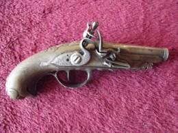 Très Joli Pistolet De Dame Du 18ème - Armes Neutralisées