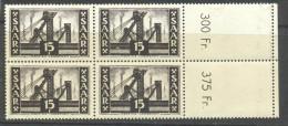 _D745: N° 325 In Bl.v4: Mint Never Hinged - 1947-56 Occupation Alliée
