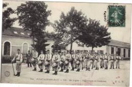 FONTAINEBLEAU / 4 EME LIGNE - TAMBOURS ET CLAIRONS ( LIRE DESCRIPTION) - MILITAIRES - Fontainebleau